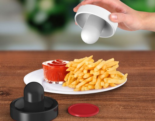 Air Hockey Salt & Pepper Set