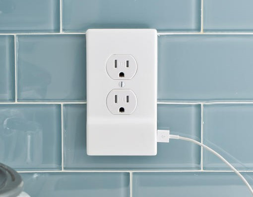 SnapPower USB Wall Outlet